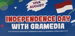 Independence Day with Gramedia