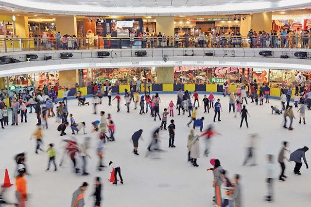 sky rink mal taman anggrek jakarta kids holiday spots liburan rh liburananak com