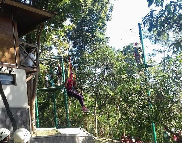 Petungsewu Wildlife Education Center